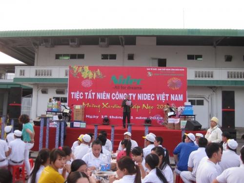Tổ chức sự kiện tất niên và tân niên Cho thuê âm thanh ánh sáng tại TPHCM