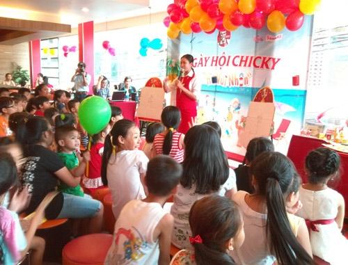 Cho thuê dàn âm thanh mini phục vụ NGÀY HỘI CHICKY tại KFC